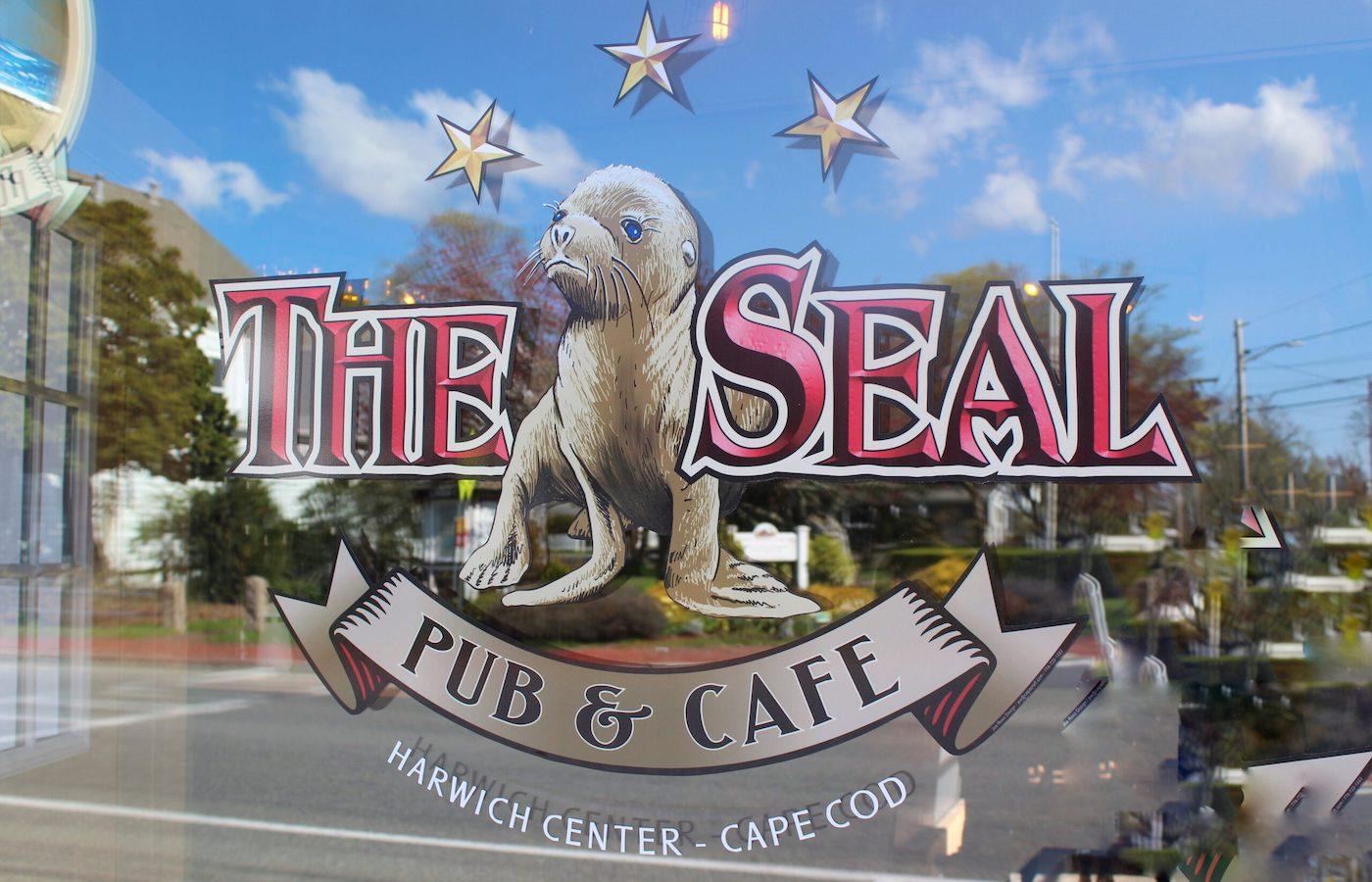 Seal Pub Cafe Harwich Logo Window
